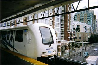 Main Street–Science World station - Platform level in 2006, prior to the station rebuild that occurred in the 2010s