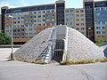 Sluneční náměstí, větrací zařízení (03).jpg