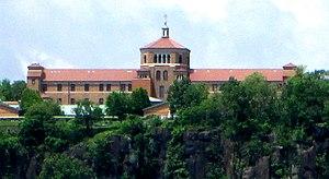 Saint Peter's University - The Englewood Cliffs campus, as seen from Manhattan
