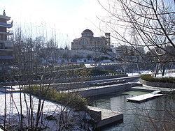 Ο ναός του πολιούχου της πόλης Αγίου Αχιλλείου στον λόφο του φρουρίου
