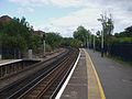 Staines station look east3.JPG