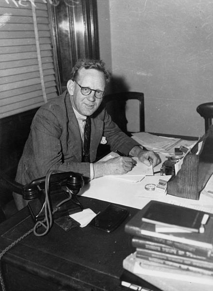File:StateLibQld 1 211368 Politician Frank William Bulcock, pictured working at his desk, November 1942.jpg