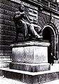 Statue of Adam Oehlenschläger (Frederik Riise).jpg