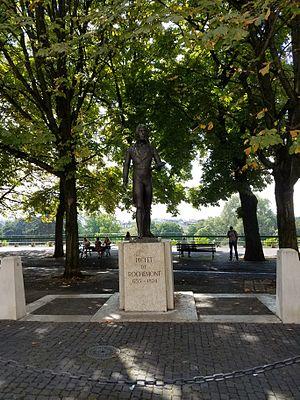 Charles Pictet de Rochemont - Statue of Pictet in Geneva