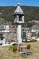 Steuerberg 1a Friedhof Totenleuchte 07042015 1569.jpg