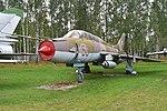 Sukhoi Su-17UM-3 '56 red' (38499652515).jpg
