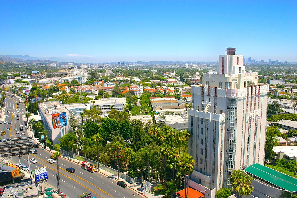 Sunset Tower, 8358 Sunset Blvd. West Hollywood 2370.jpg