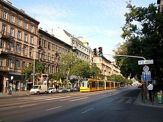 Grand Boulevard (Budapest) - Combino Supra at the St. Stephen Boulevard part of the Grand Boulevard. The Combinos of Budapest are the longest tramcars in the world.