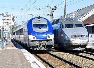Gare de Besançon-Viotte - TER and TGV trains at Viotte