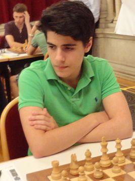 Арьян Тари (Aryan Tari) 267px-Tari%2CAryan_2015_Wien