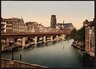 Una veduta di Rotterdam tra il 1890 e il 1900.