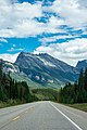 The beautiful Icefields Parkway (32294413112).jpg