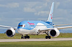 Thomson Airways, Boeing 787-8 Dreamliner, G-TUIA (18409744118).jpg