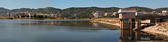 Tirana artificial lake pano.jpg