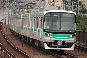 Tokyo Metro Namboku Line - A Tokyo Metro 9000 series EMU near Tamagawa Station on the Tokyu Meguro Line