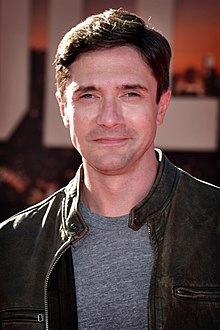 Topher Grace 2019