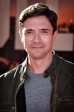 Topher Grace 2019.