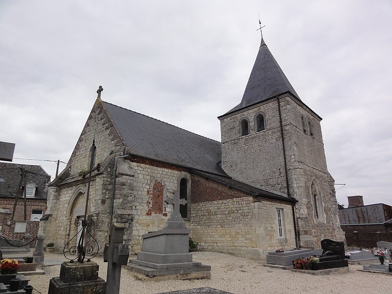 Toulis-et-Attencourt (Aisne) église