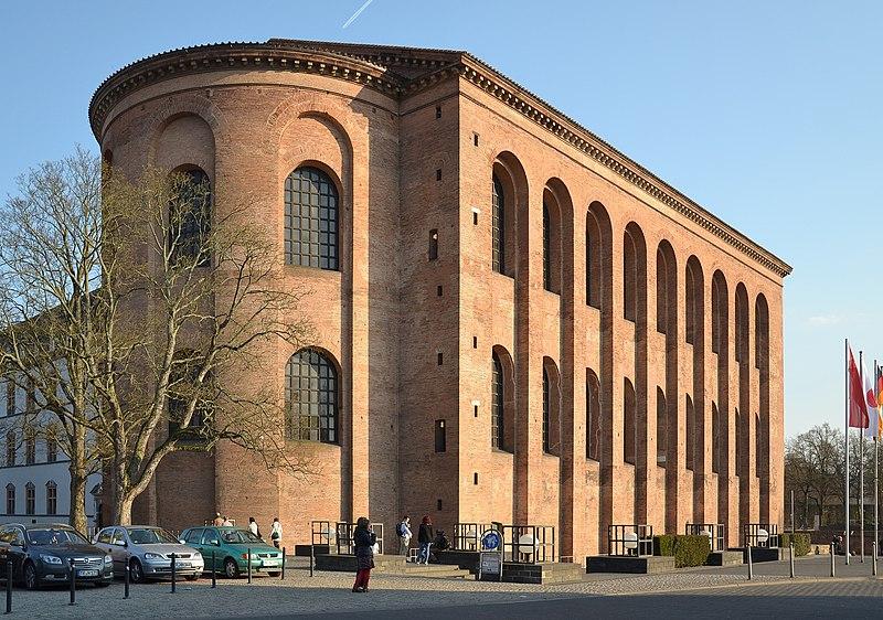 File:Trier - Aula Palatina.JPG