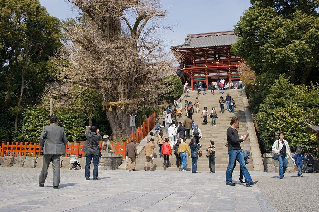 Tsurugaoka Hachiman-Shrine 03