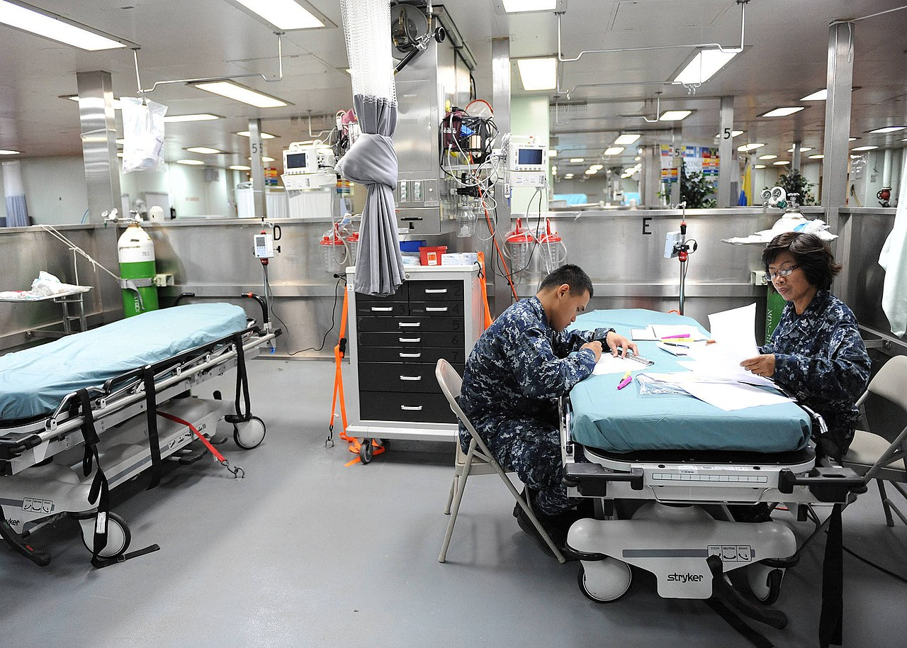 File:US Navy 110524-F-ET173-090 Hospital Corpsman 1st Class ...