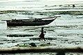 Une femme qui pêche.jpg