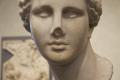 Vénus de Martres (de face, gros plan), MSR, Musée Saint-Raymond.png