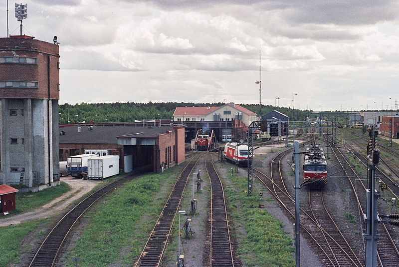 File:VR engine shed in Oulu 2010 001.jpg - Wikimedia Commons