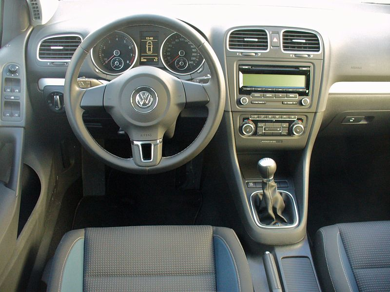 plik vw golf vi 1 2 tsi team monosilber interieur jpg wikipedia wolna encyklopedia. Black Bedroom Furniture Sets. Home Design Ideas