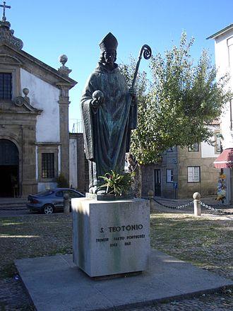Valença, Portugal - Statue of São Teotónio