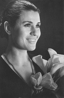 Valentina Tolkunova (1972). (8662657866).jpg