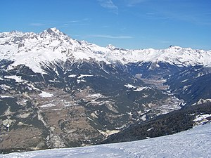 Maurienne - The Maurienne vallee is one of the longest intra alpine valley in the Alps