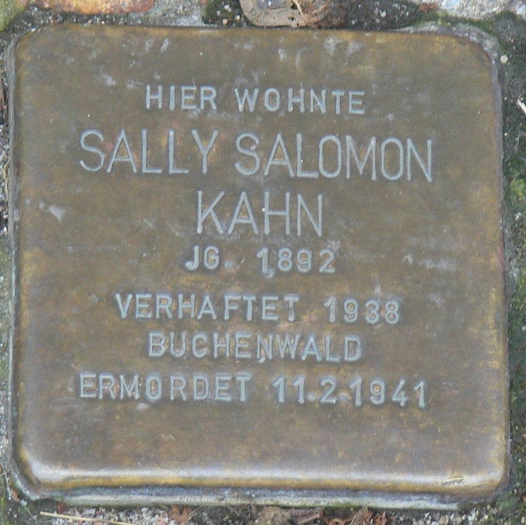 Veitshöchheim - Stolperstein Sally Salomon Kahn (Bahnhofstraße 14).jpg