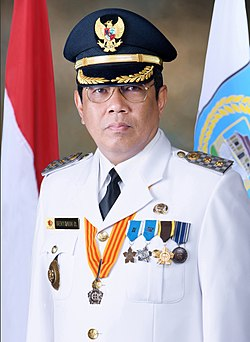 Vice Mayor of South Tangerang Benyamin Davnie.jpg