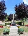 Vigneux-Hocquet Monument.jpg