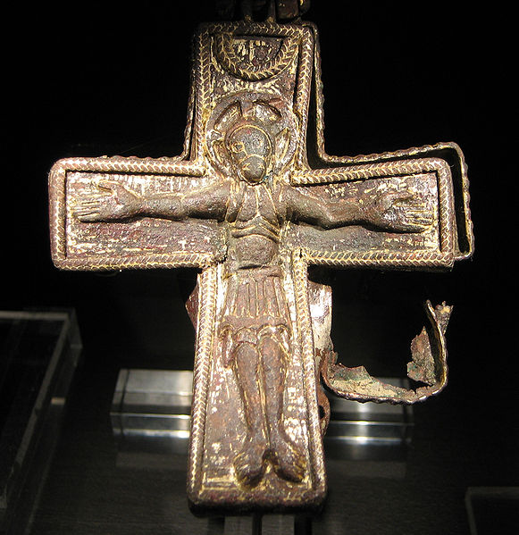 external image 581px-Viking_age_christian_cross_found_in_Lund_sweden.jpg