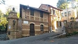 Villa Strohl-Fern Lycée français Chateaubriand de Rome - Petite Porte - Via di Villa Ruffo.jpg