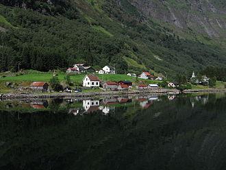 Bakka, Sogn og Fjordane - Image: Village in Norway