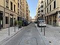 Vue de la rue Mazenod (Lyon) depuis la rue Garibaldi.jpg