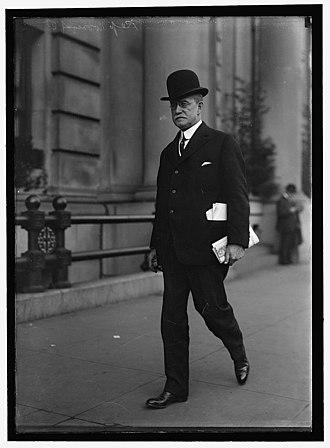 Black lounge suit - Image: William C. Mooney 1915 2