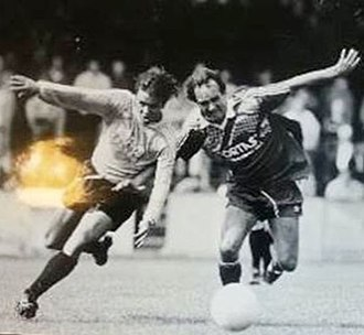 Wolfgang Overath - Overath (right) in 1992