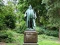Wuppertal - Barmer Anlagen - Friedrich Emil Rittershaus-Denkmal 02 ies.jpg