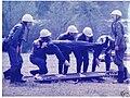 Zivilverteidigung DDR - Bergung von Verletzten.jpg