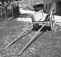 """""""Garovec"""" za osla in človeka, Trenta 42, pri Rutarju 1952.jpg"""