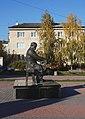Гусятин Пам'ятник Шевченку.jpg