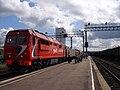 ТЭП70БС-100 с поездом на станции Тында.jpg