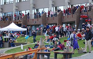 Brentwood College School - Spectators and rowers at 2009 Brentwood Regatta