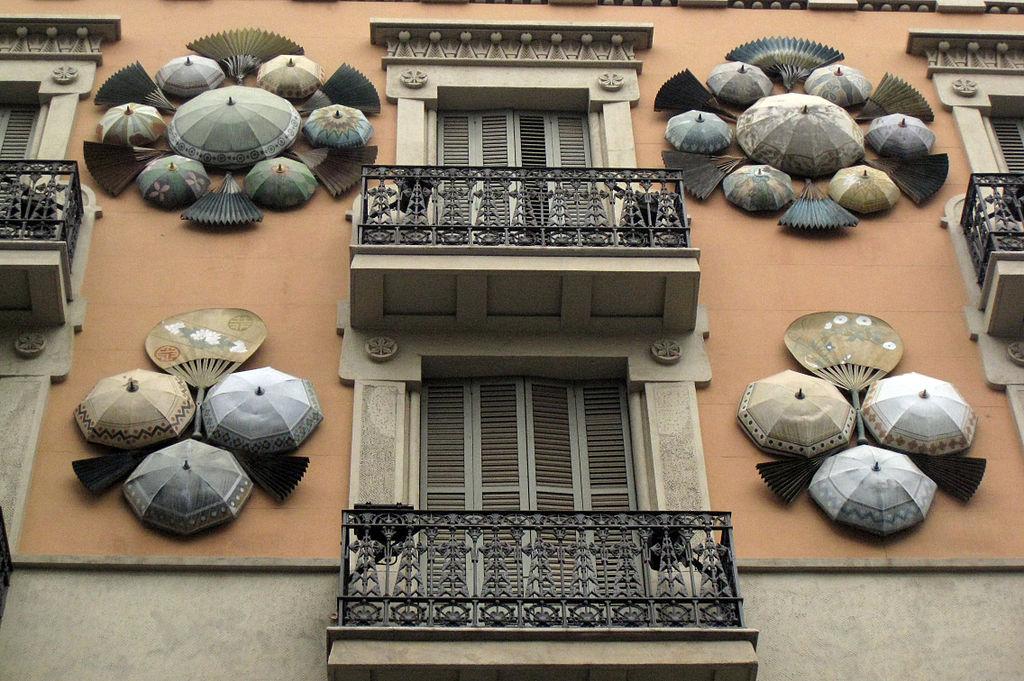 Casa Bruno Cuadros de Josep Vilaseca i Casanovas sur les Rambles à Barcelone - Photo d'Enfo.