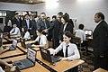06.29 總統參觀巴拉圭學生使用ASUS文教基金會捐贈之電腦的情形 (27376928964).jpg