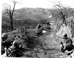 10th Mountain Division - Division infantry cover for an assault squad in northern Italy.